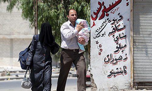 Hauptsache, das Gesamtarrangement stimmt, und das heißt: »Syrien Delenda«, Syrien muss zerstört werden.