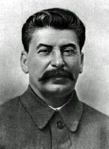Die Anti-Hitler-Koalition des zweiten Weltkrieges - Stalin/Roosevelt/Churchill und ihre Ziele.