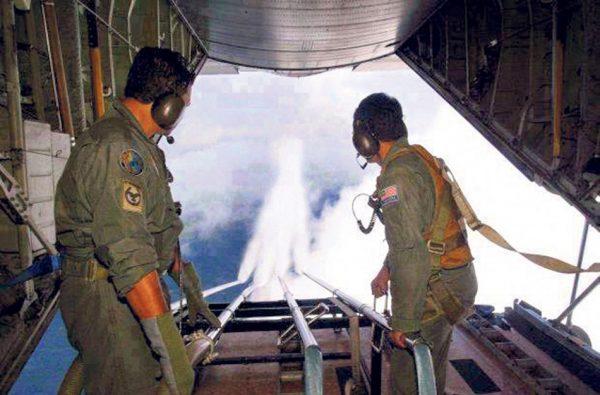 direkt_4__spraying-nachgerichtet-is_chemtrails-aerosole-946696605, 10, 2021