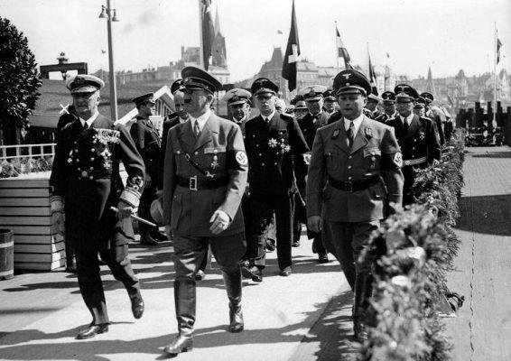 horty-taufe-kreuzer-prinz-eugen-august-1938-569901905, 10, 2021